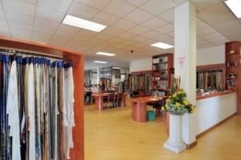 vasta scelta di tessuti e stoffe per rivestire divani e poltrone