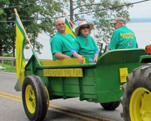 Spreading the Fun, 4th of July parade, Essex, NY 2013