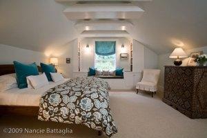 Attic Guest Bedroom (Credit: Nancie Battaglia)