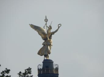 Der Goldene Engel auf der Siegessäule