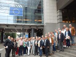 Reisegruppe im Europäischen Viertel in Brüssel