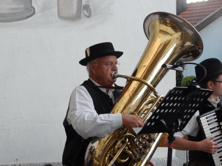 Tubist und Bariton-Spieler Sepp Lehner