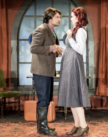 Andre Amarotico as Christopher Wren, Heather Buck as Molly Ralston