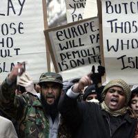 Raport: Islamul, religie majoritară în 2100