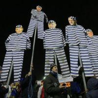 Să nu-i ridicăm statuie lui Grindeanu
