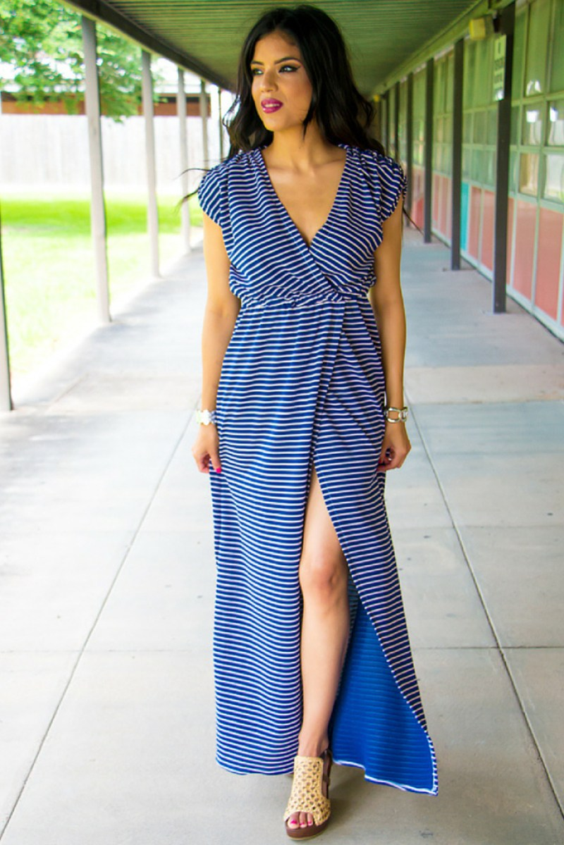Striped Maxi Dress + Pattern Review: McCall's 6744 - Rosy | Peña