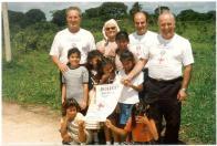 Foto di gruppo casa accoglienza di Hardeman - Rotary Club Valtrompia