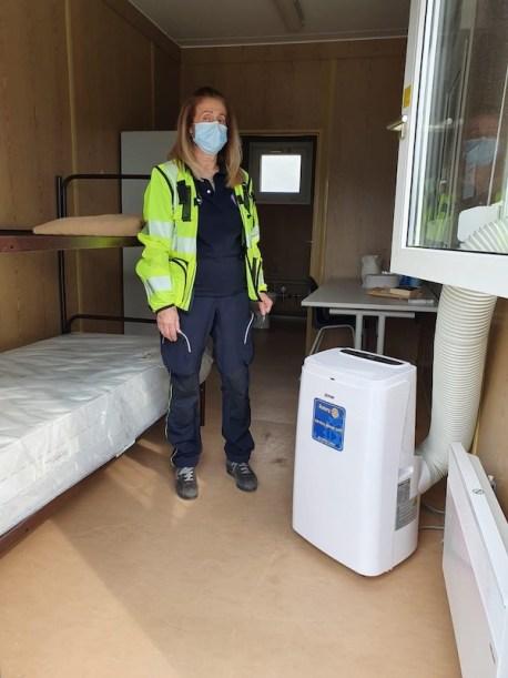 I climatizzatori dentro gli alloggi per le persone in quarantena