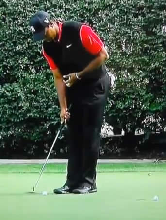 how to putt like tiger woods