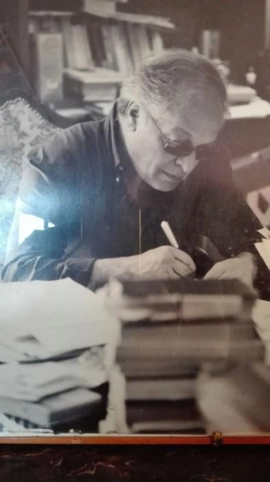 Professor Carmine Benincasa nel suo studio