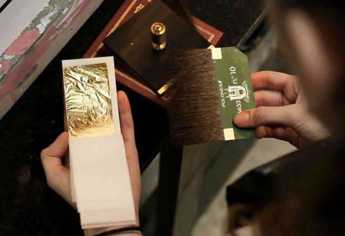Rotulacion A Mano El Dorado Oro Real Oro Falso Y Otros Materiales