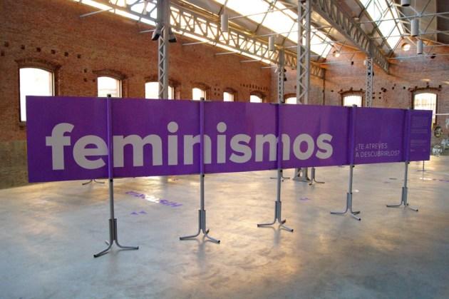 Realización y montaje de la exposición feminismos