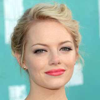 Get The Look Emma Stones Makeup And Hairstyle At The