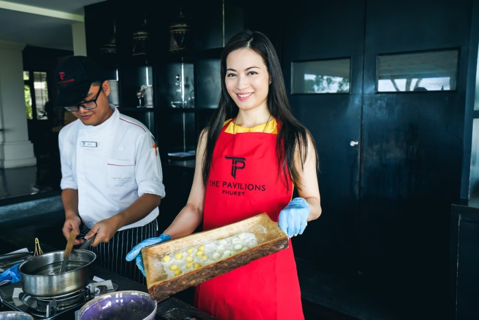 RubyK in the Thai cooking class