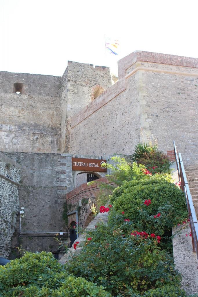Entrée du Château Royal