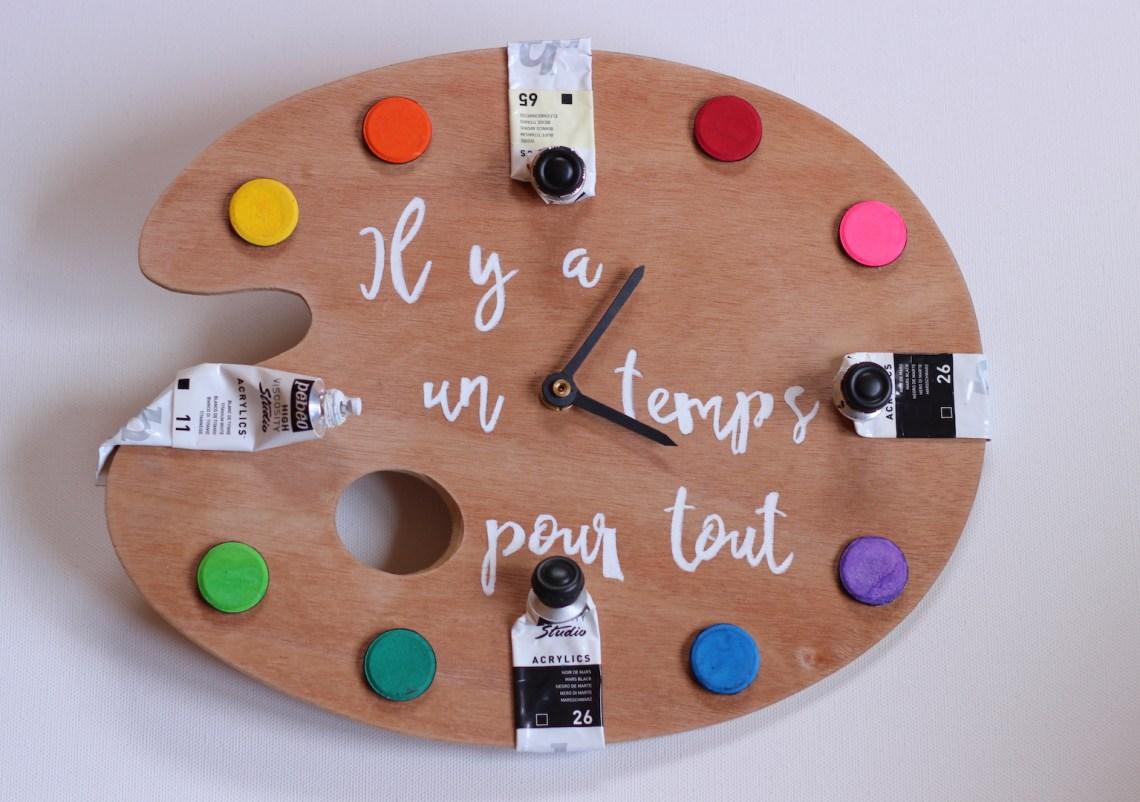 Diy entièrement dédié à la réalisation d'une horloge pour atelier d'artiste