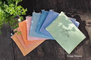 De jolies pochettes en tissu qui vont vous faire oublier la grisaille !