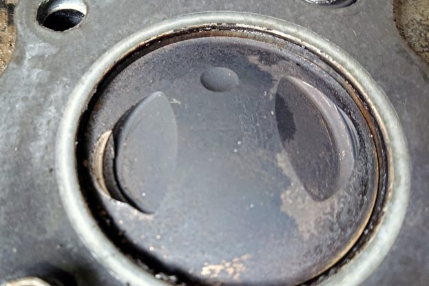 Le piston a embrassé le piston