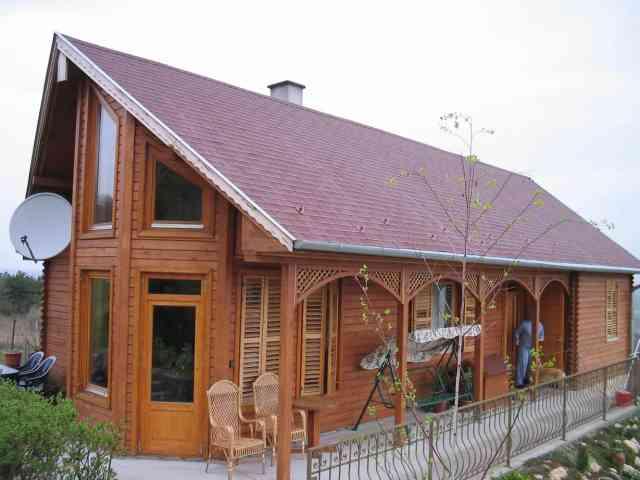 Maison en bois massif