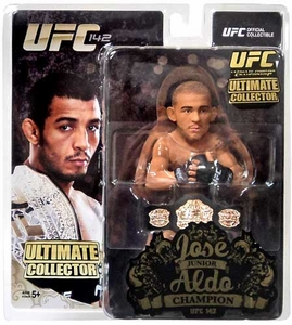 Jose Aldo Round 5 UFC Ultimate Collector Series 12 Championship Edition w//belt