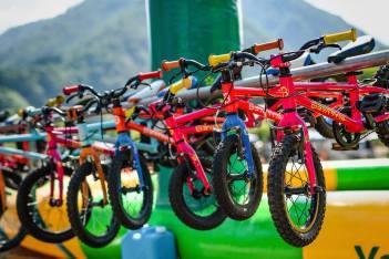 ヨツバサイクル さんの自転車は細かいサイズ展開でたいていのお子さまにフィット