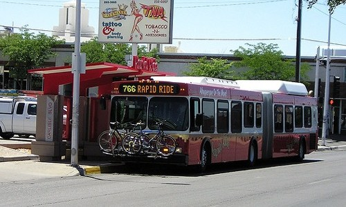 Albuquerque mayor wants rapid-transit buses on Central