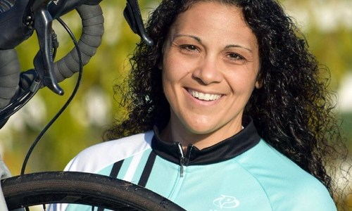 Woman cycles Route 66 in 23 days