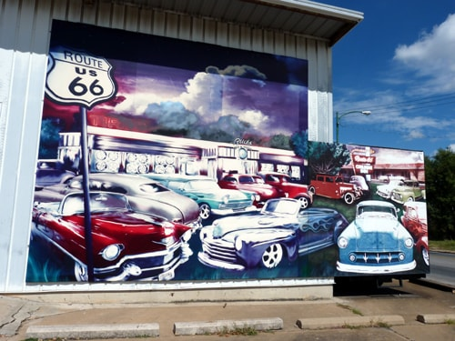 Bud Perry mural, Bud's Tire & Wheel