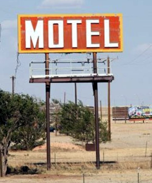 Large sign stolen from Fabulous 40 Motel in Adrian