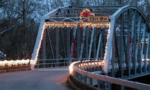 Help needed to decorate the Devils Elbow Bridge