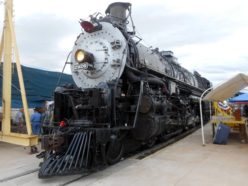 Restoration of old Santa Fe locomotive hits milestone