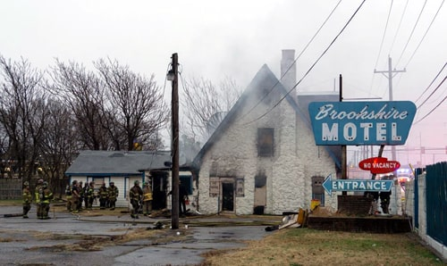 Fire Damages Closed Brookshire Motel In Tulsa