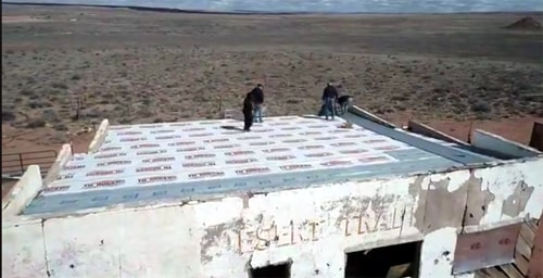Painted Desert Trading Post gets a new roof