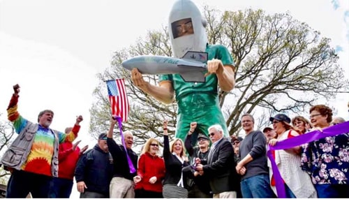 Launching Pad Drive-In in Wilmington holds its grand reopening
