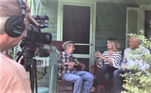 """""""Small Town Big Deal"""" TV crew shooting episodes along Route 66"""