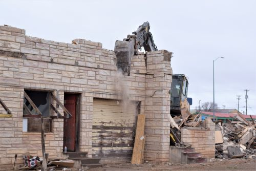Teardown begins of Cactus Motor Lodge in Tucumcari