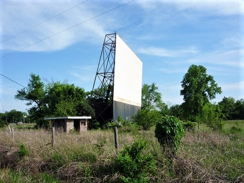 TeePee Drive-In in Sapulpa gets new owners, may reopen by summer