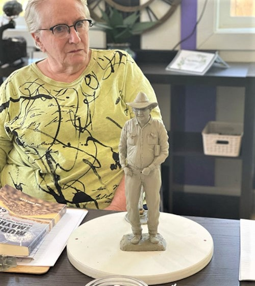 Kingman self-guided tours plan involves a life-size statue of Jim Hinckley