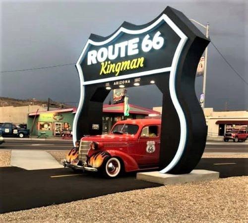 Kingman dedicates Route 66 drive-through shield