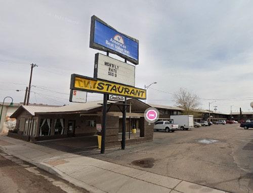 Arizona 66 Association awards grant to repurpose Holbrook motel into veterans housing