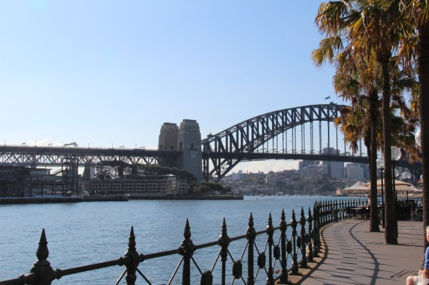 Sydney walking itinerary: Harbour Bridge