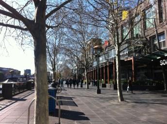 Yarra River walk: Southgate, Melbourne