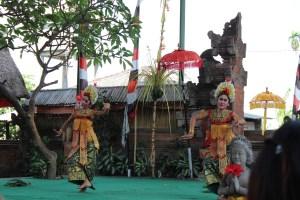 Barong dancers, Batubulan