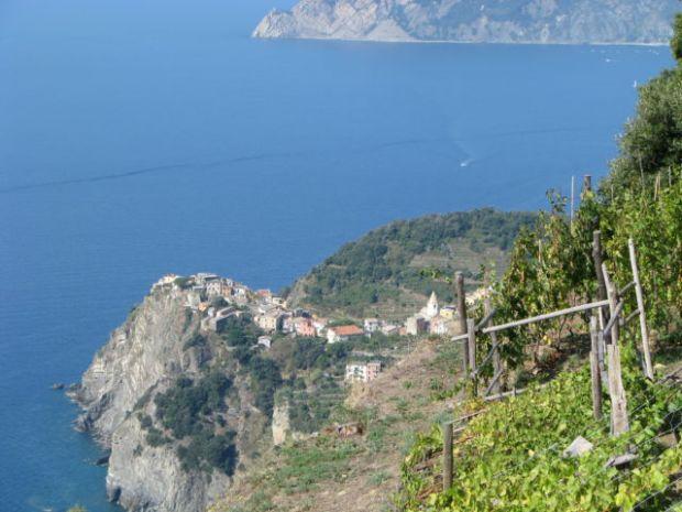 Cinque Terre Corniglia from trail