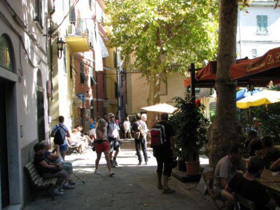 Cinque Terre Corniglia plaza
