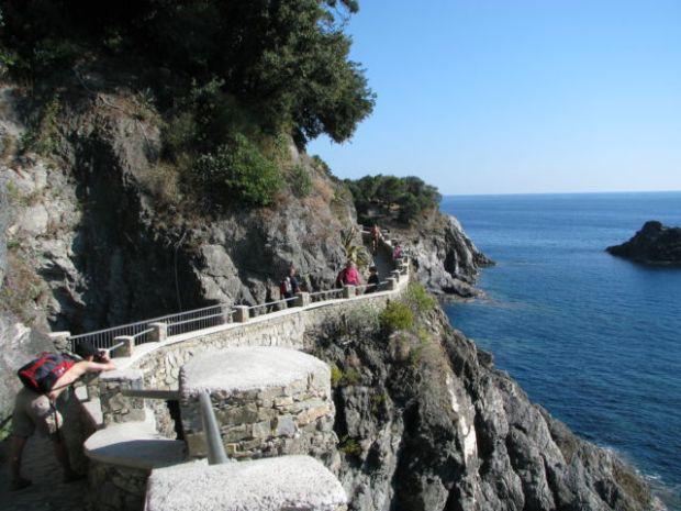 Hiking Cinque Terre Trails Monterosso Vernazza