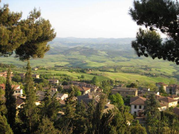 Tuscany scenic drive Volterra landscape