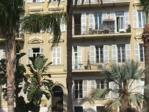 Nice in one day, Promenade des Anglais house