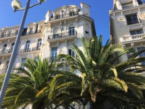 Nice in one day, Promenade des Anglais houses