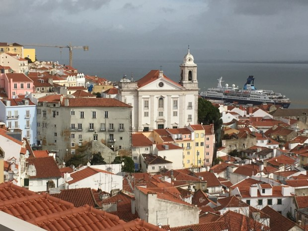 Alfama, Lisbon in January